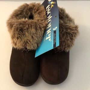 Women's Brown Isotoner slippers
